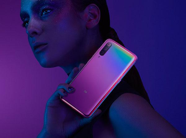 Фото - зарядка Xiaomi Mi 9